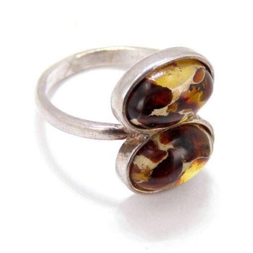 Ezüst gyűrű borostyán kővel 41854
