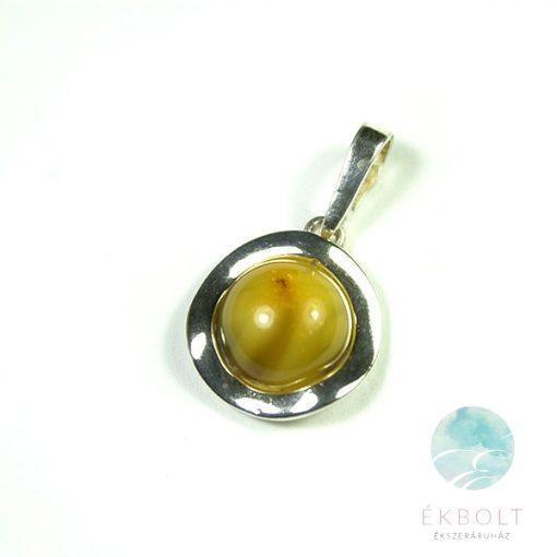 Ezüst medál borostyán kővel 67937