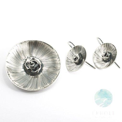Felületkezelt ezüst medál és fülbevaló szett 69519