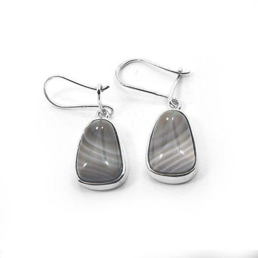 Ezüst fülbevaló csíkos szilikát kővel 74580