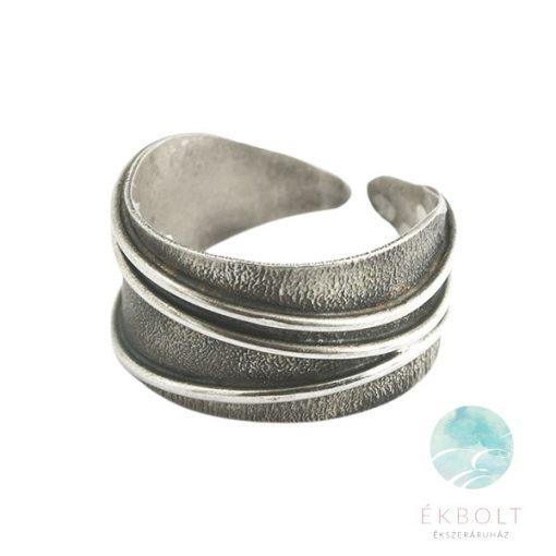Felületkezelt ezüst gyűrű 76585